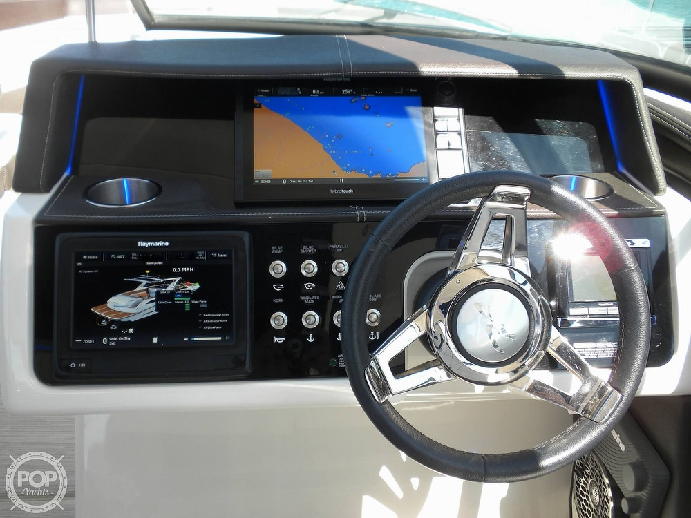 2018 Sea Ray boat for sale, model of the boat is 350 SLX & Image # 3 of 40