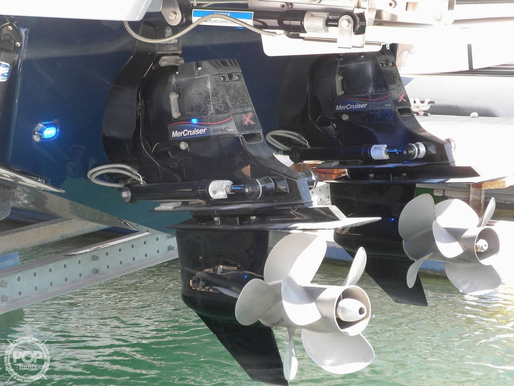 2018 Sea Ray boat for sale, model of the boat is 350 SLX & Image # 25 of 40