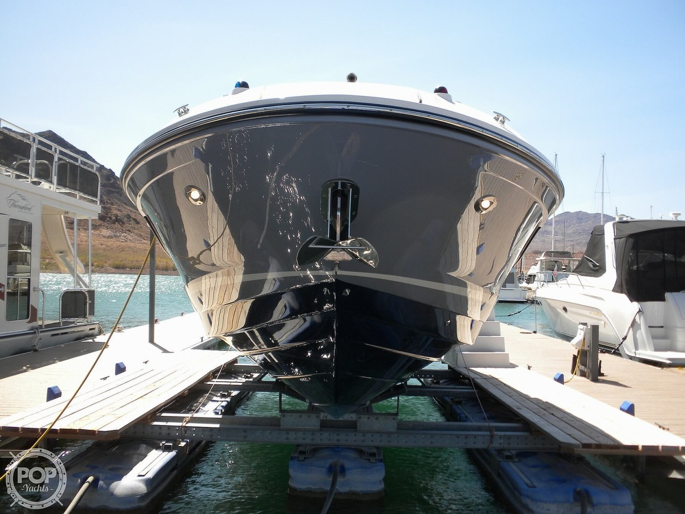 2018 Sea Ray boat for sale, model of the boat is 350 SLX & Image # 5 of 40