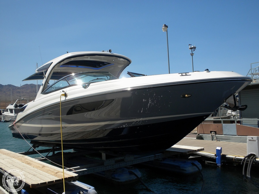 2018 Sea Ray boat for sale, model of the boat is 350 SLX & Image # 10 of 40
