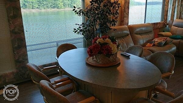2001 Jamestowner boat for sale, model of the boat is Houseboat James & Image # 8 of 16