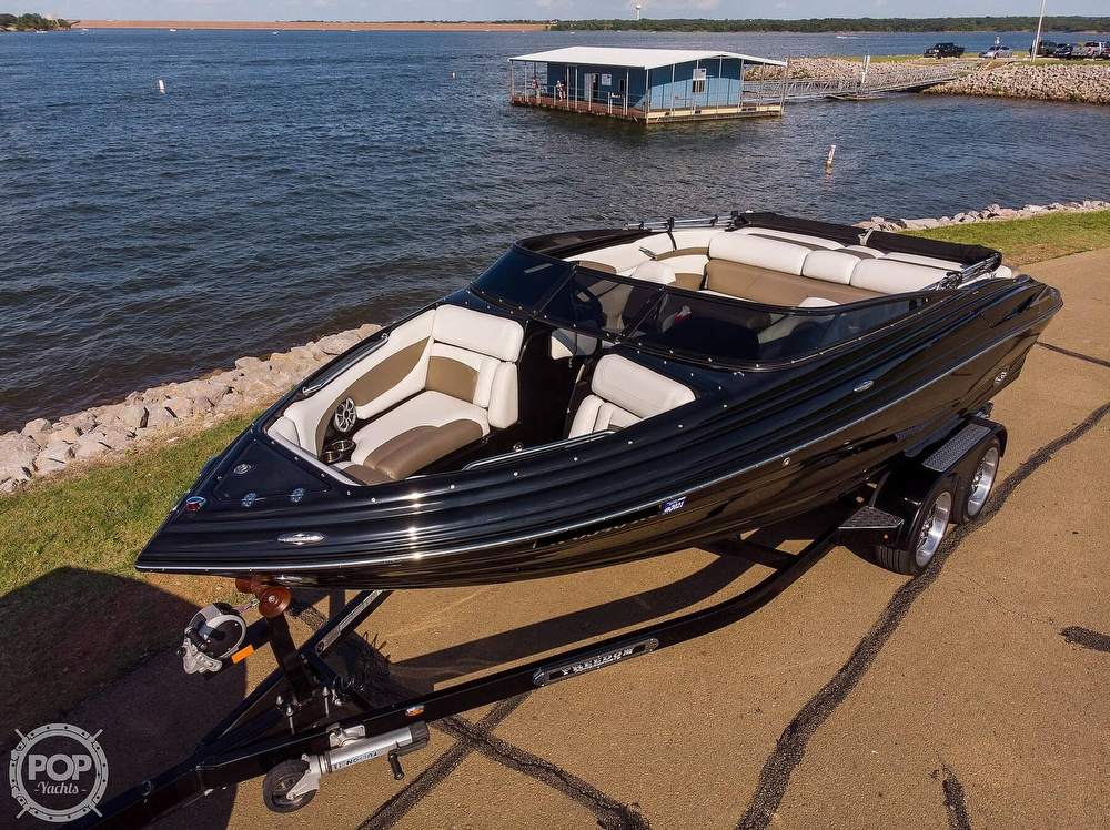 2014 Crownline boat for sale, model of the boat is 215 SS & Image # 7 of 40