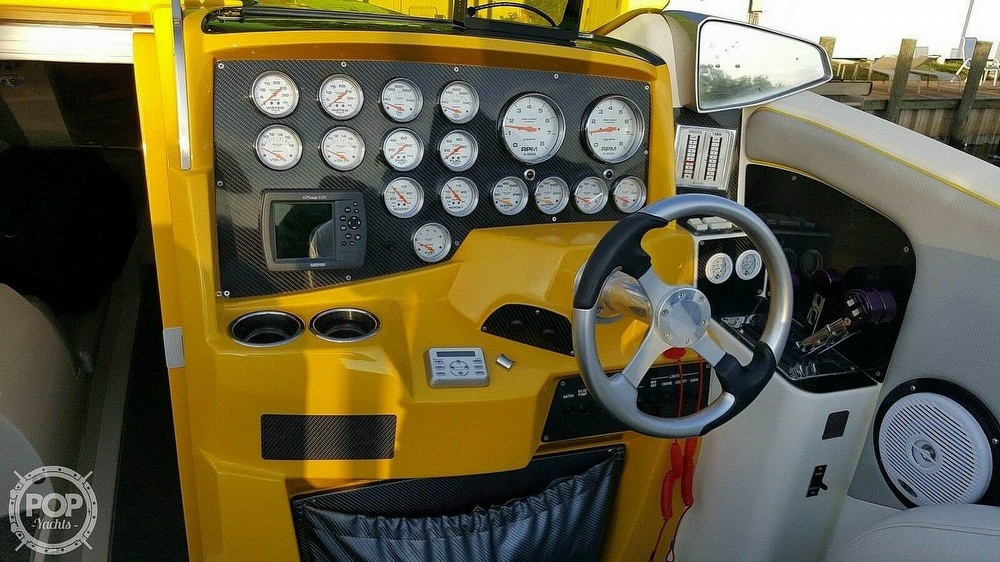 2005 Nor-tech boat for sale, model of the boat is 3900 Super-Vee & Image # 25 of 40
