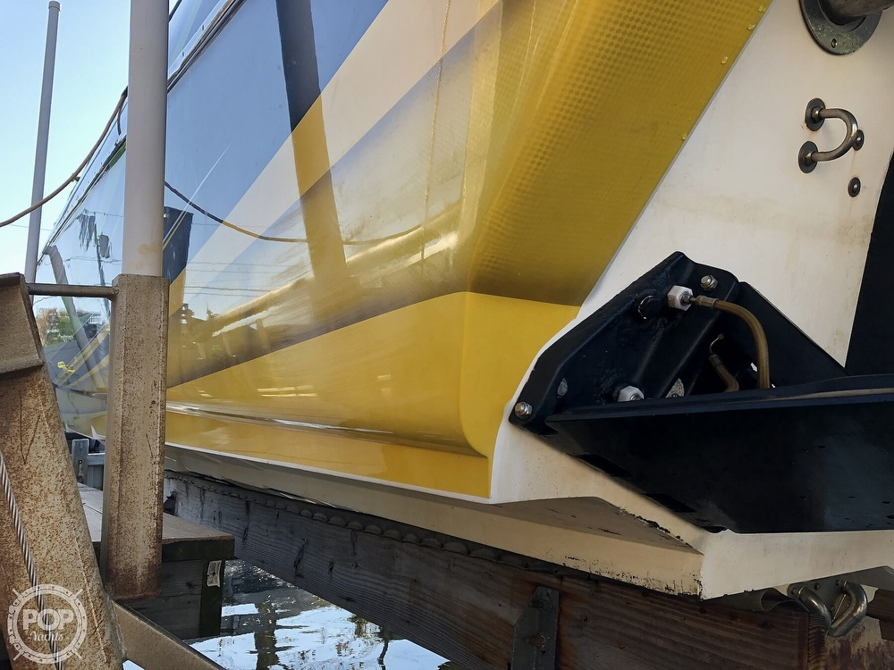 2005 Nor-tech boat for sale, model of the boat is 3900 Super-Vee & Image # 22 of 40