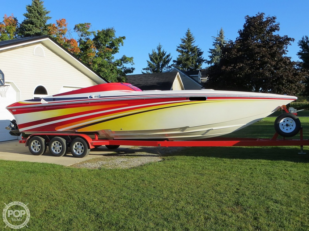 2007 Sunsation boat for sale, model of the boat is 32 Dominator SS & Image # 21 of 40
