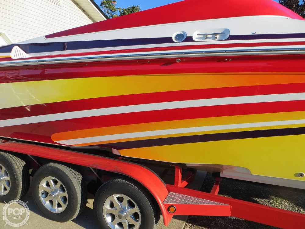 2007 Sunsation boat for sale, model of the boat is 32 Dominator SS & Image # 31 of 40