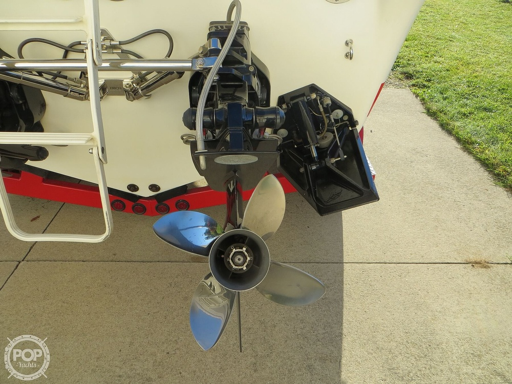 2007 Sunsation boat for sale, model of the boat is 32 Dominator SS & Image # 34 of 40