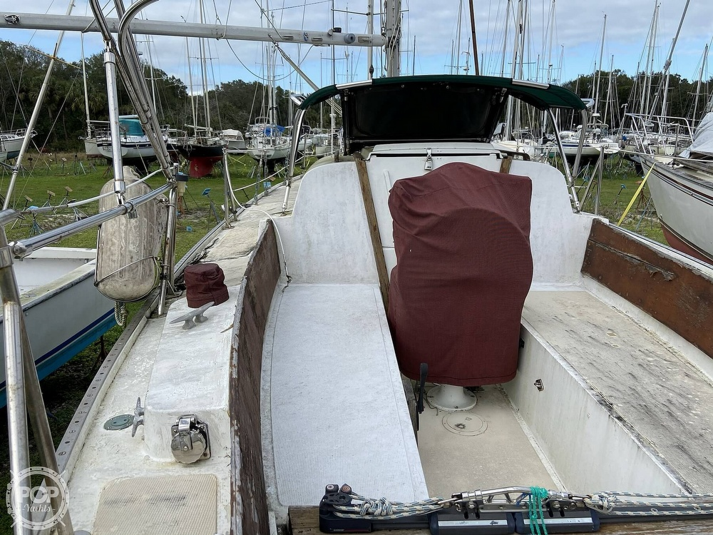 1970 Columbia boat for sale, model of the boat is 36 & Image # 5 of 40