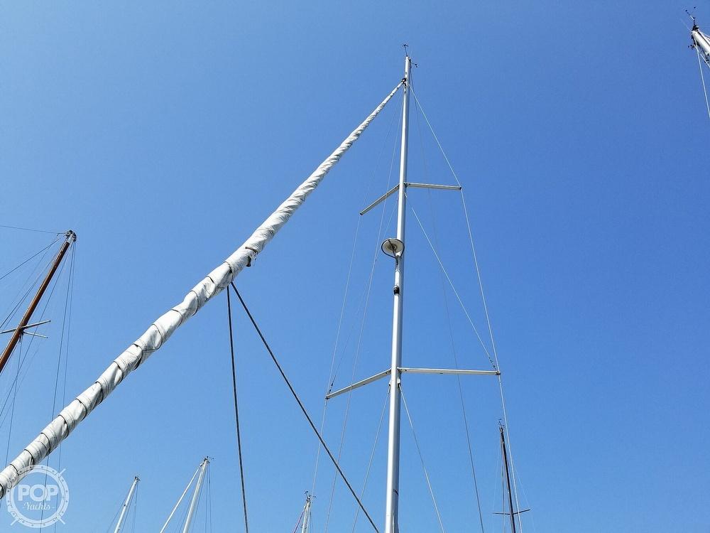 2011 Beneteau 50 Oceanis - image 17