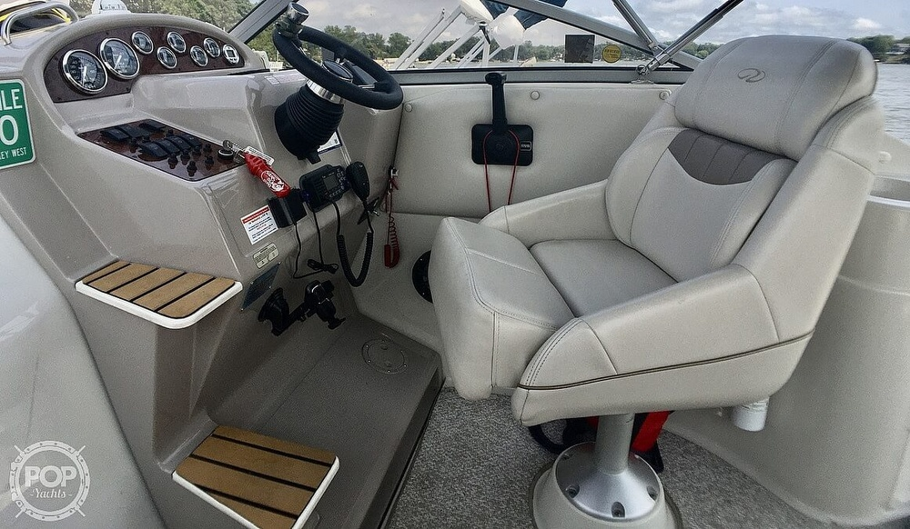 1999 Regal boat for sale, model of the boat is Commodore 2660 & Image # 25 of 40