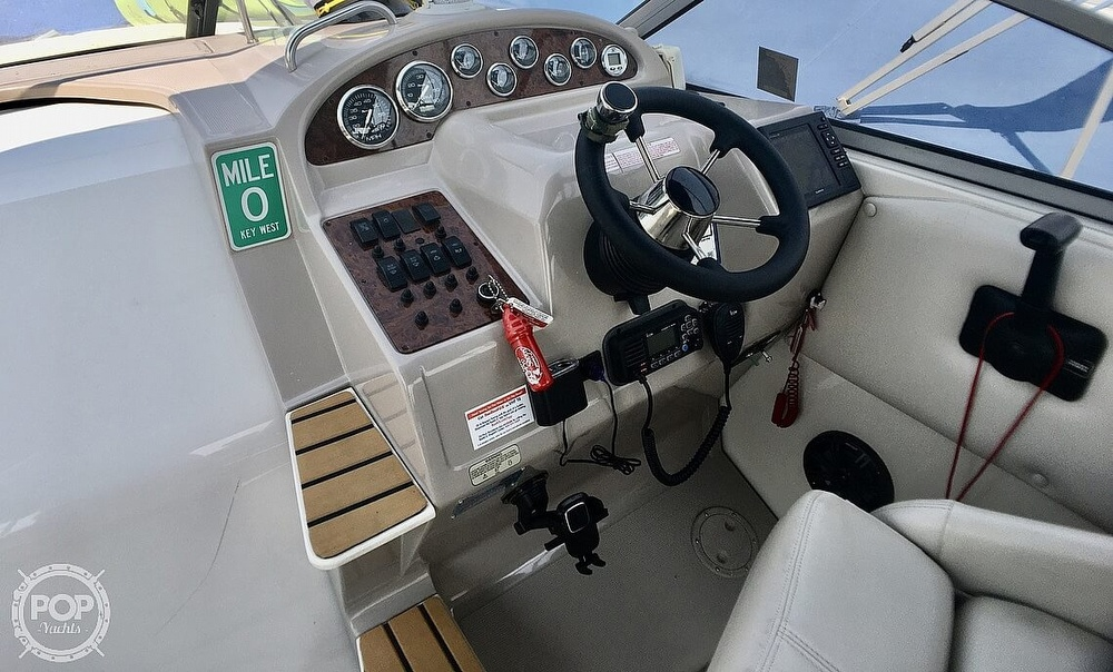 1999 Regal boat for sale, model of the boat is Commodore 2660 & Image # 2 of 40