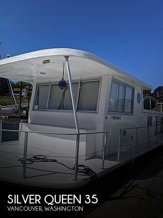 Used Houseboats For Sale in Portland, Oregon by owner | 1972 Silver Queen 35