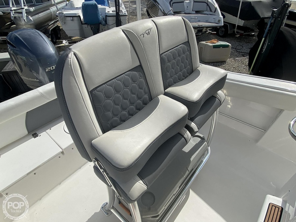 2017 Tidewater boat for sale, model of the boat is 220 LXF & Image # 4 of 40