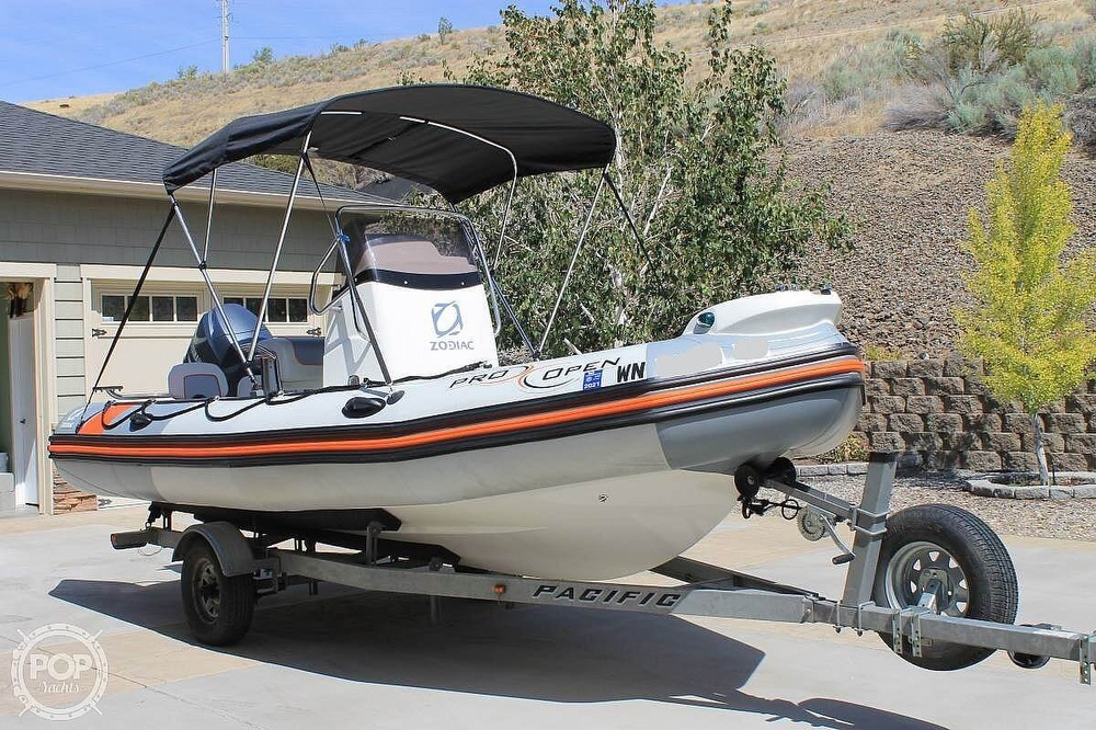 2014 Zodiac boat for sale, model of the boat is Pro Open 550 Neo & Image # 8 of 10