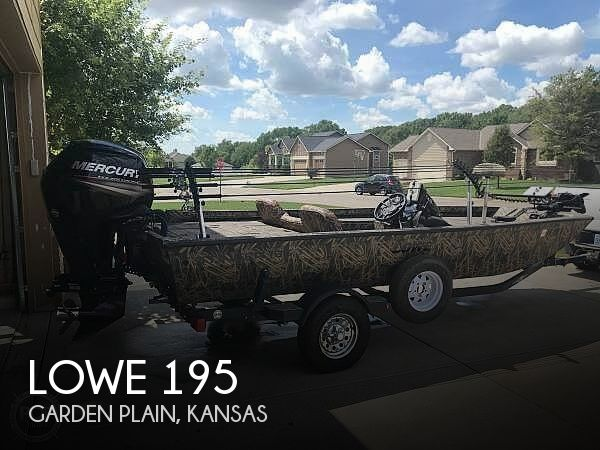 Used Lowe Fishing boats For Sale by owner | 2016 Lowe 195 Stinger Camo
