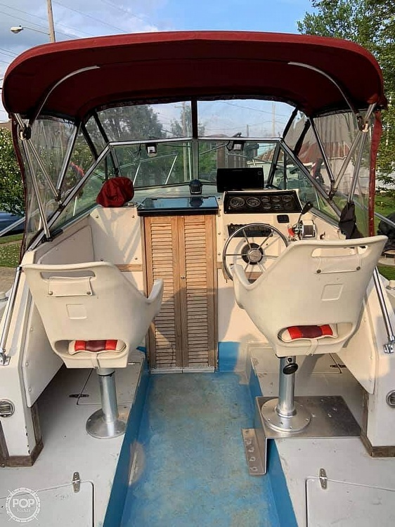 1987 Wellcraft boat for sale, model of the boat is 250 Coastal & Image # 21 of 40