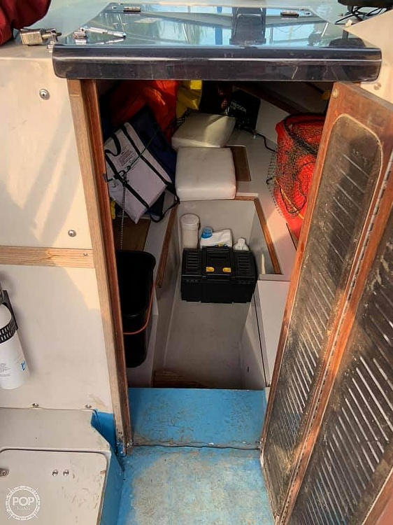 1987 Wellcraft boat for sale, model of the boat is 250 Coastal & Image # 24 of 40