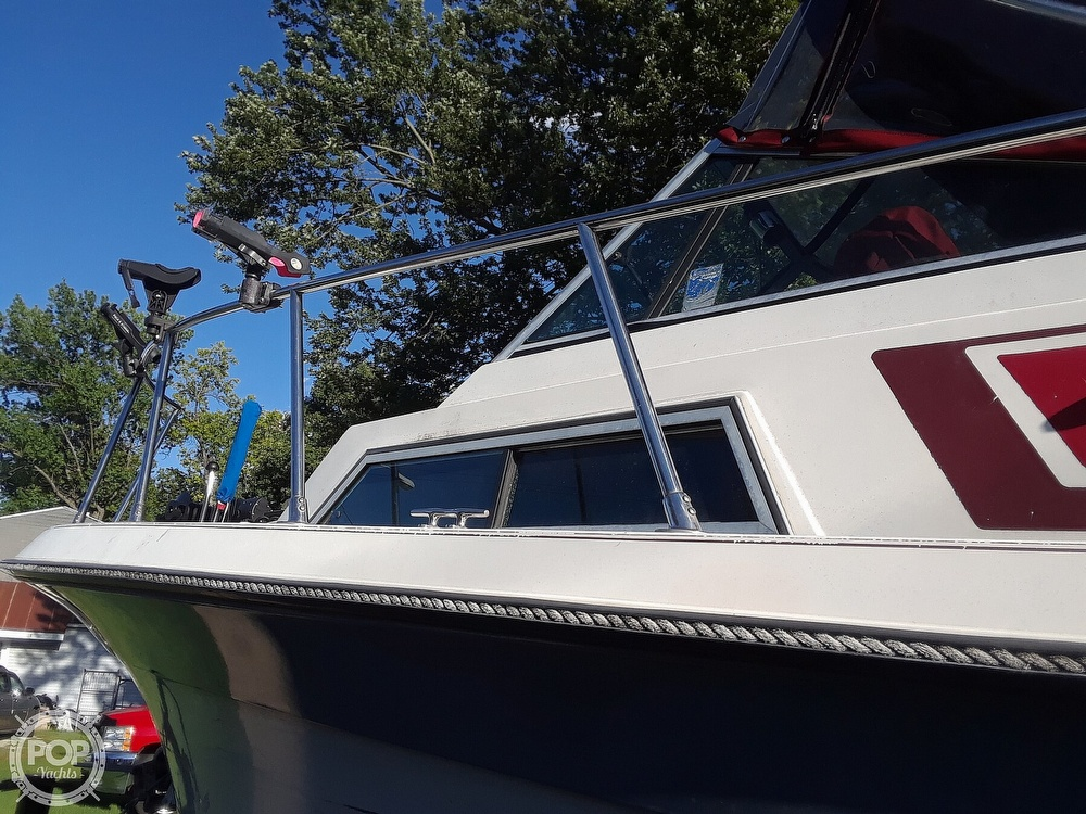 1987 Wellcraft boat for sale, model of the boat is 250 Coastal & Image # 6 of 40