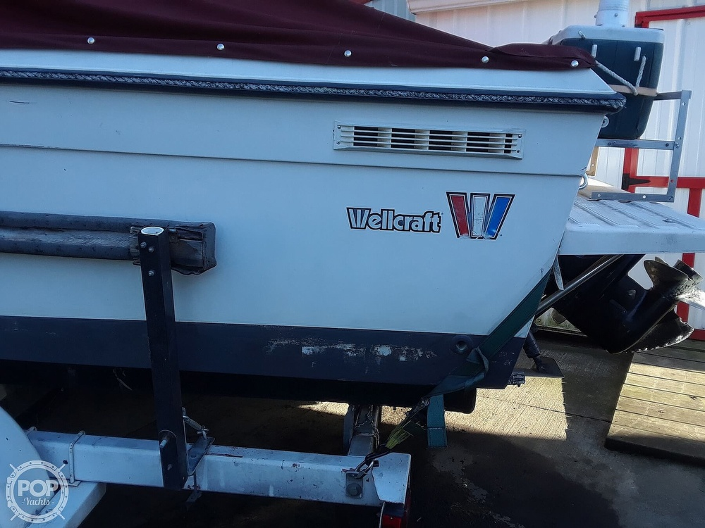 1987 Wellcraft boat for sale, model of the boat is 250 Coastal & Image # 13 of 40