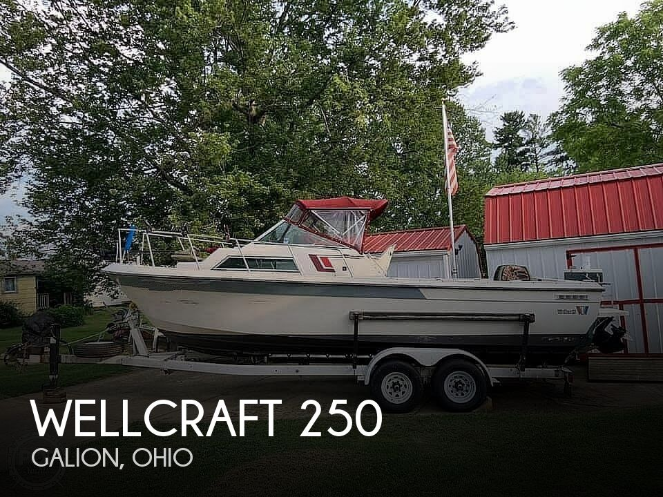 1987 Wellcraft boat for sale, model of the boat is 250 Coastal & Image # 1 of 40