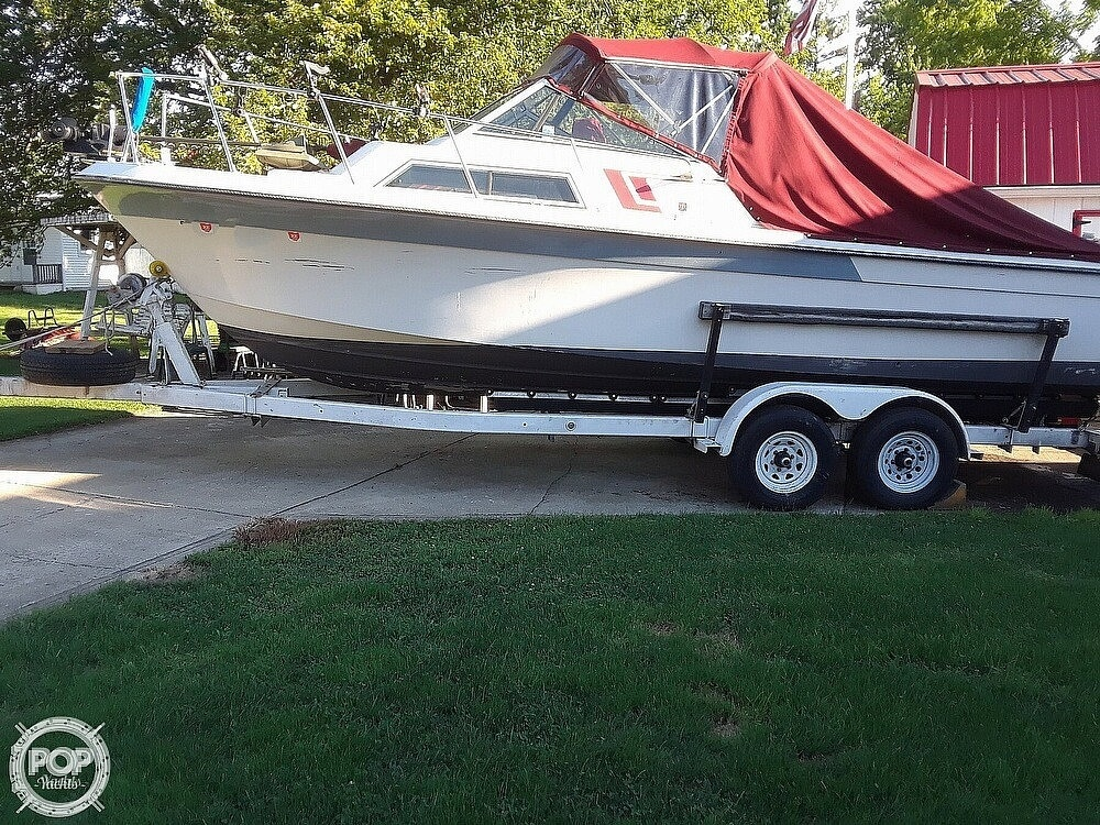 1987 Wellcraft boat for sale, model of the boat is 250 Coastal & Image # 3 of 40