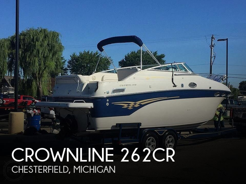 Used Crownline Boats For Sale in Flint, Michigan by owner | 2001 Crownline 262CR