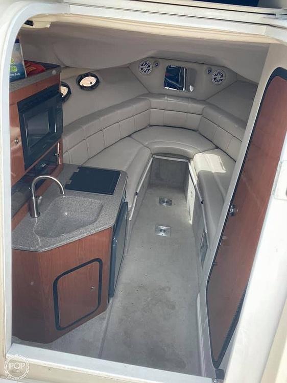 2001 Crownline 262CR - image 11