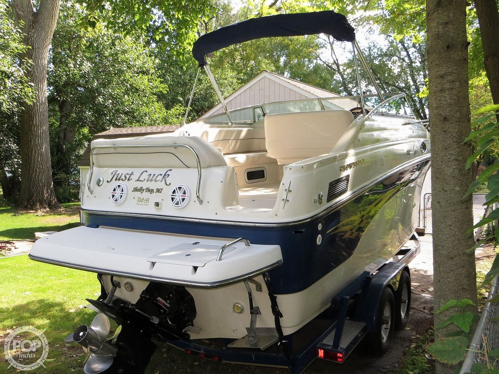 2001 Crownline boat for sale, model of the boat is 262CR & Image # 2 of 40