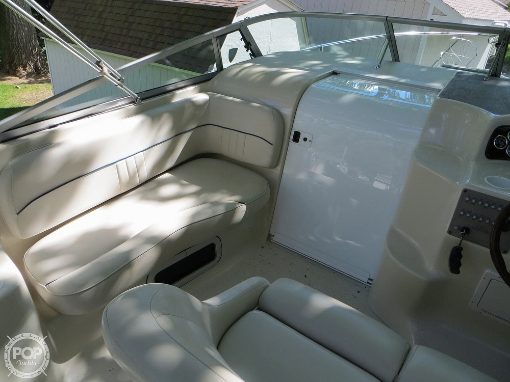 2001 Crownline boat for sale, model of the boat is 262CR & Image # 5 of 40