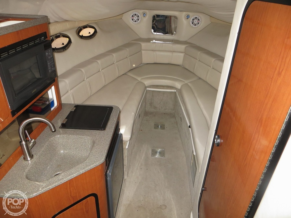 2001 Crownline boat for sale, model of the boat is 262CR & Image # 8 of 40