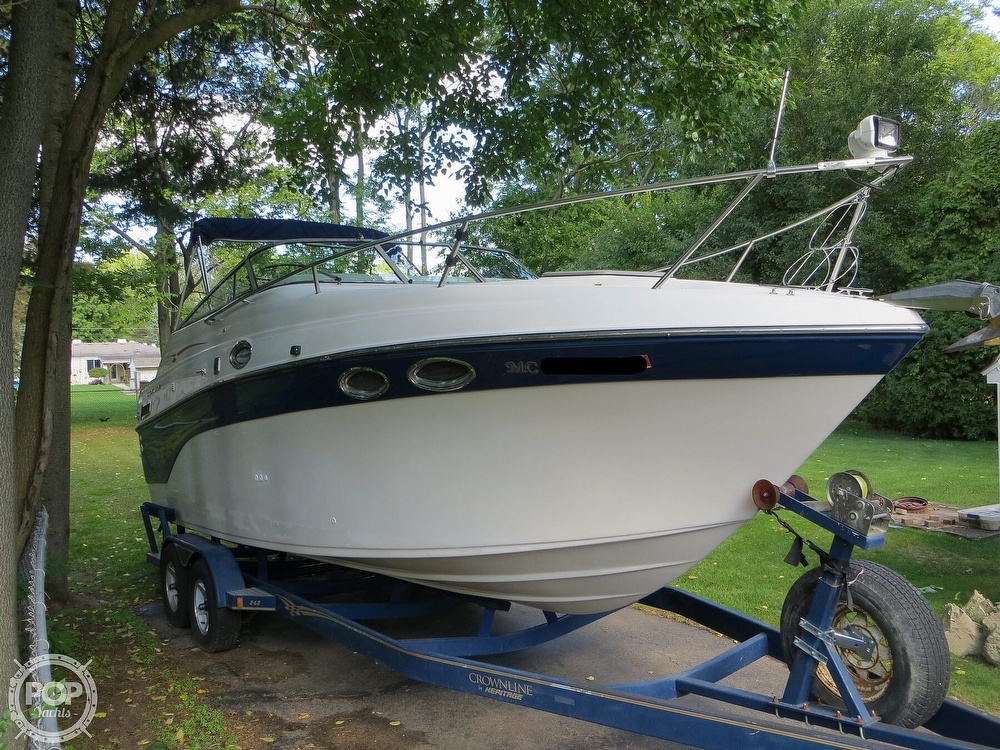 2001 Crownline boat for sale, model of the boat is 262CR & Image # 17 of 40