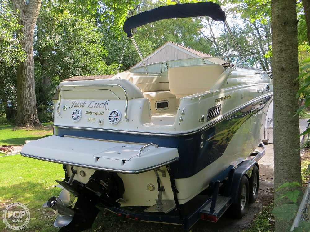 2001 Crownline boat for sale, model of the boat is 262CR & Image # 19 of 40