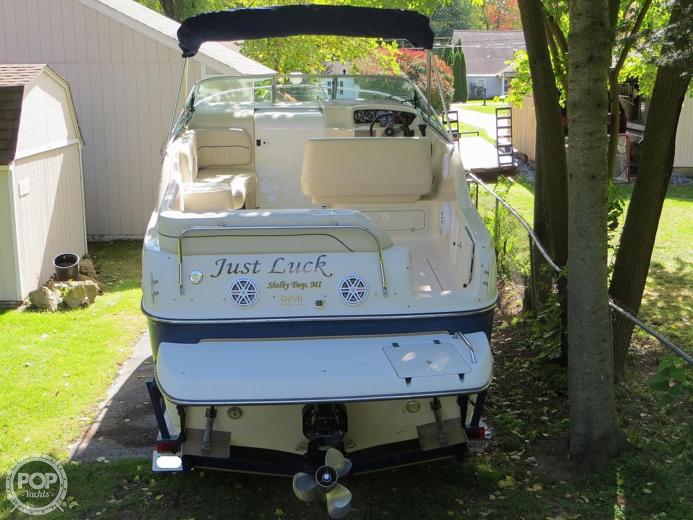 2001 Crownline boat for sale, model of the boat is 262CR & Image # 24 of 40