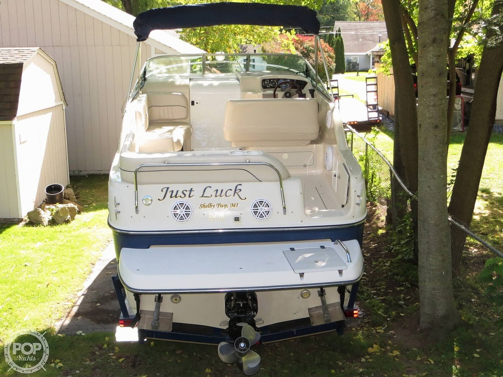 2001 Crownline boat for sale, model of the boat is 262CR & Image # 25 of 40