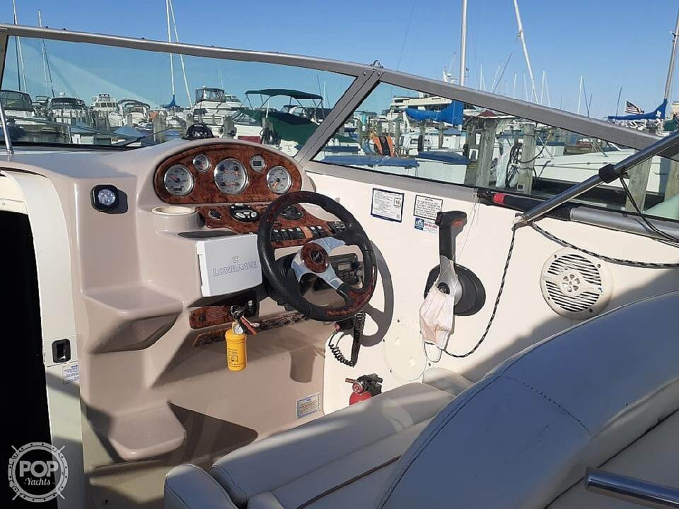 2005 Rinker boat for sale, model of the boat is 270 Fiesta Vee & Image # 5 of 17