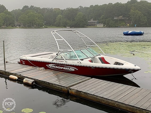 2006 Moomba boat for sale, model of the boat is Outback 22 & Image # 2 of 41