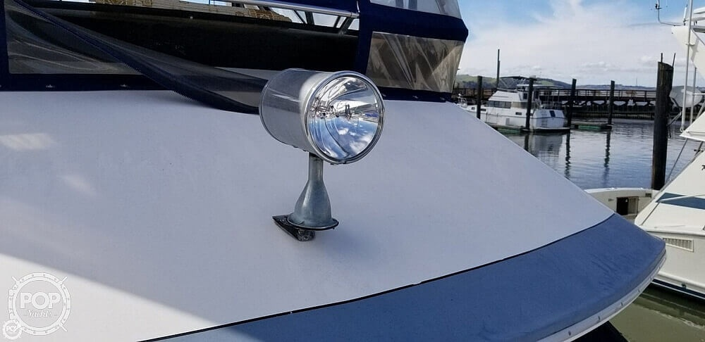 1986 Sea Ray boat for sale, model of the boat is 410 Aft Cabin & Image # 13 of 41