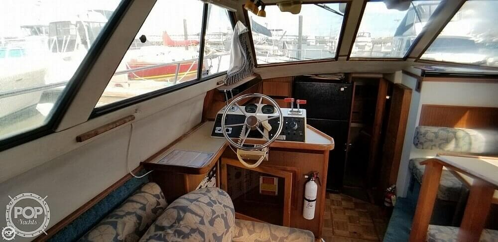 1986 Sea Ray boat for sale, model of the boat is 410 Aft Cabin & Image # 31 of 41