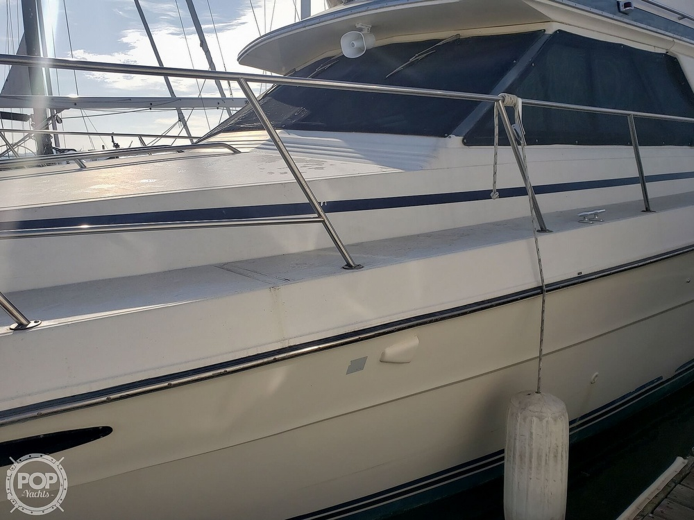 1986 Sea Ray boat for sale, model of the boat is 410 Aft Cabin & Image # 8 of 40