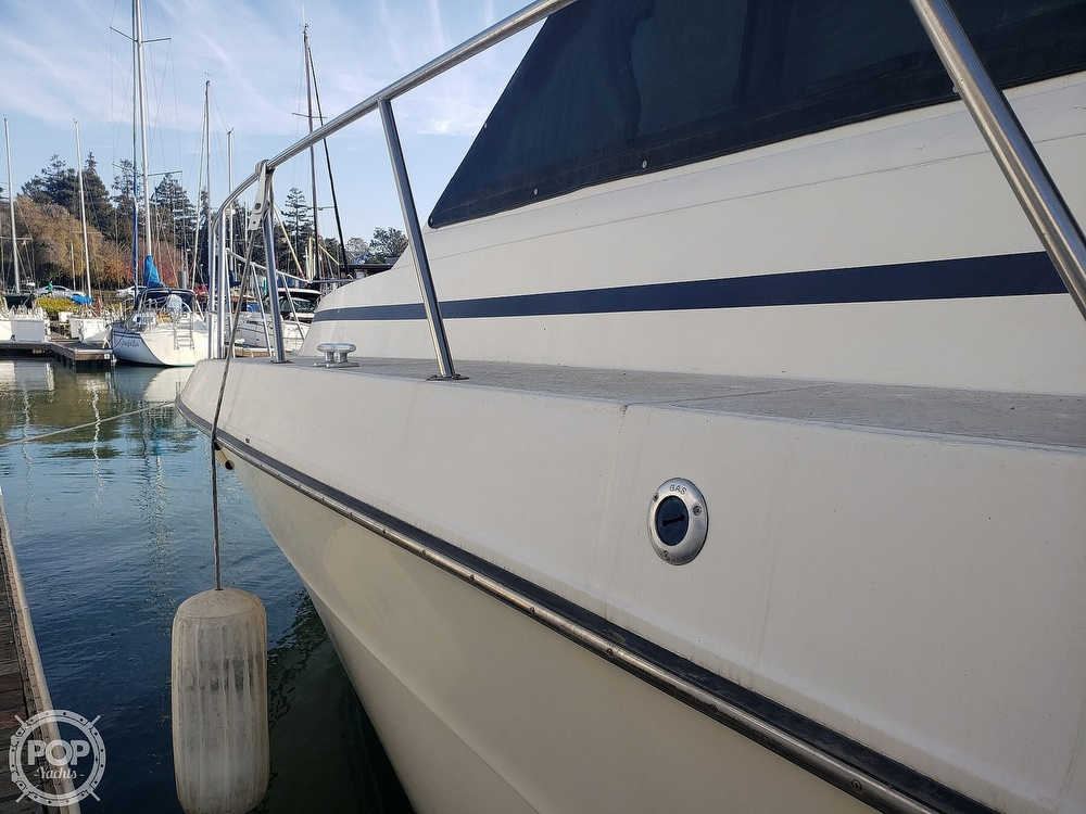 1986 Sea Ray boat for sale, model of the boat is 410 Aft Cabin & Image # 11 of 40