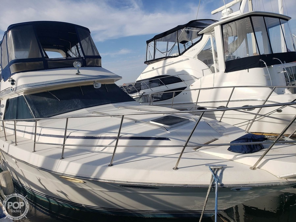 1986 Sea Ray boat for sale, model of the boat is 410 Aft Cabin & Image # 24 of 40