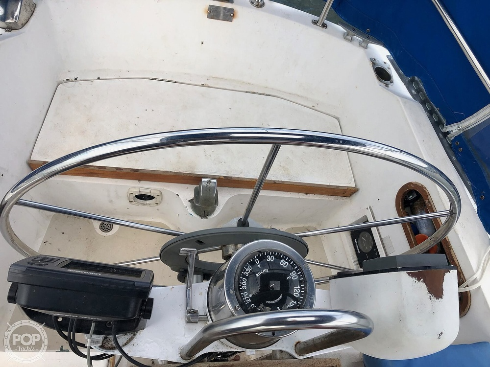 1979 Catalina Yachts boat for sale, model of the boat is 38 & Image # 35 of 40