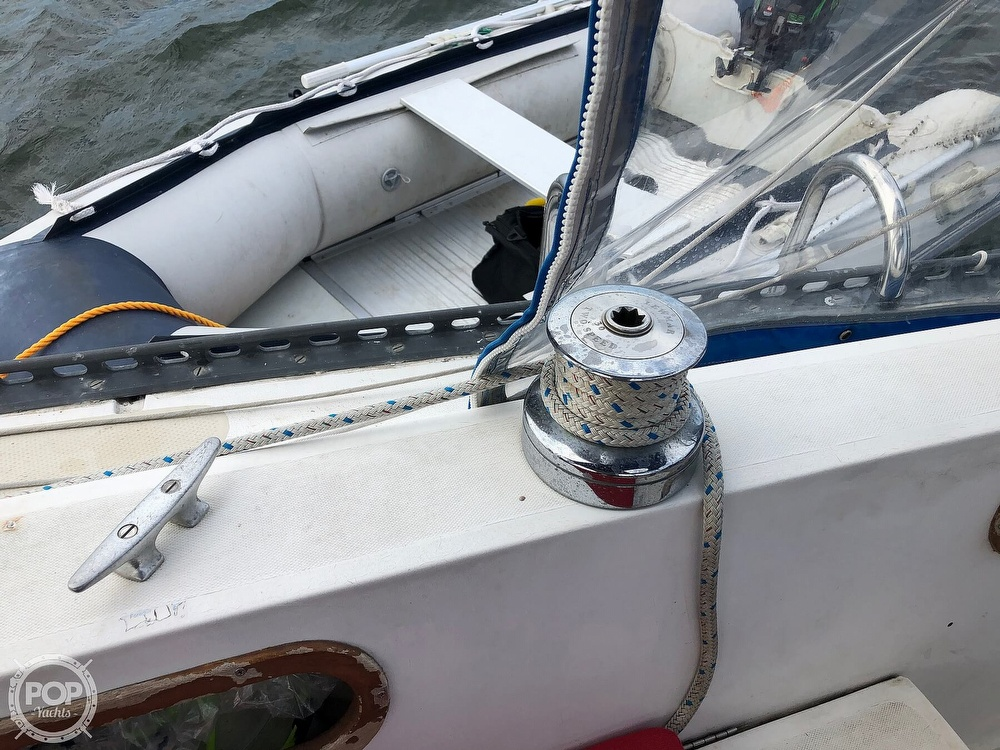 1979 Catalina Yachts boat for sale, model of the boat is 38 & Image # 31 of 40