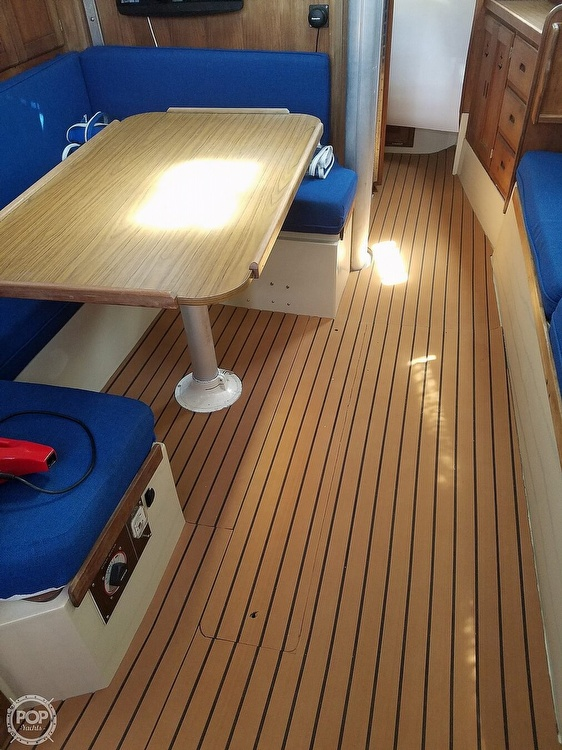 1979 Catalina Yachts boat for sale, model of the boat is 38 & Image # 5 of 40