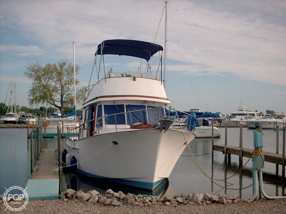 1982 Marine Trader boat for sale, model of the boat is 34 Double Cabin & Image # 3 of 20