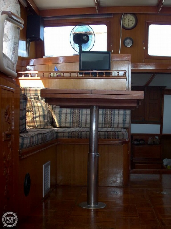 1982 Marine Trader boat for sale, model of the boat is 34 Double Cabin & Image # 15 of 20