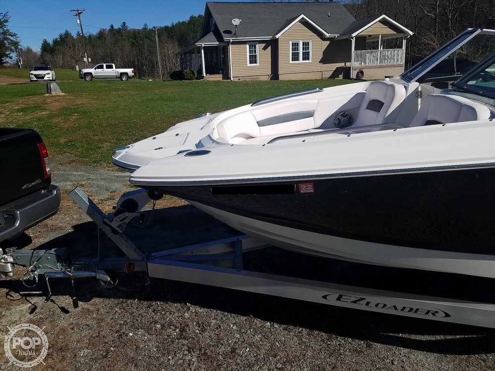 2019 Chaparral boat for sale, model of the boat is Sunesta 244 & Image # 24 of 40