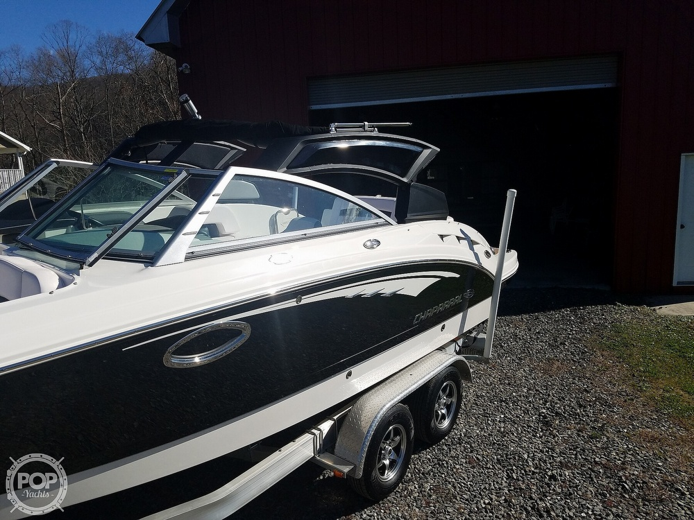 2019 Chaparral boat for sale, model of the boat is Sunesta 244 & Image # 26 of 40