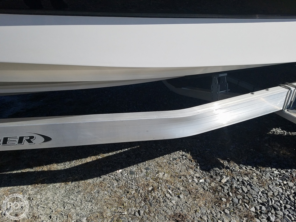 2019 Chaparral boat for sale, model of the boat is Sunesta 244 & Image # 31 of 40