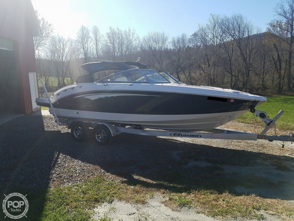 2019 Chaparral boat for sale, model of the boat is Sunesta 244 & Image # 37 of 40
